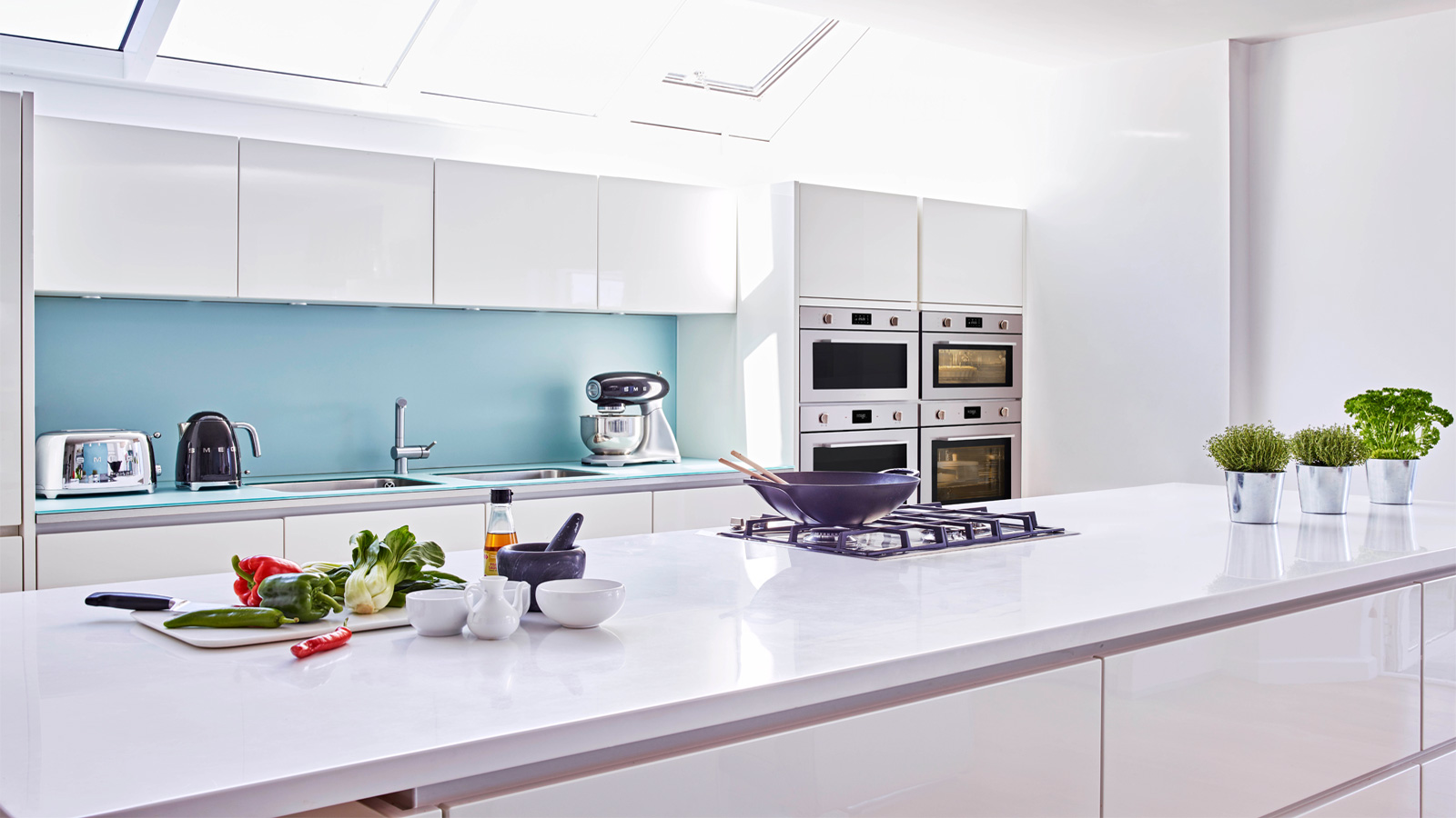 Smeg revamps cucina oven range kitchens and bathrooms news
