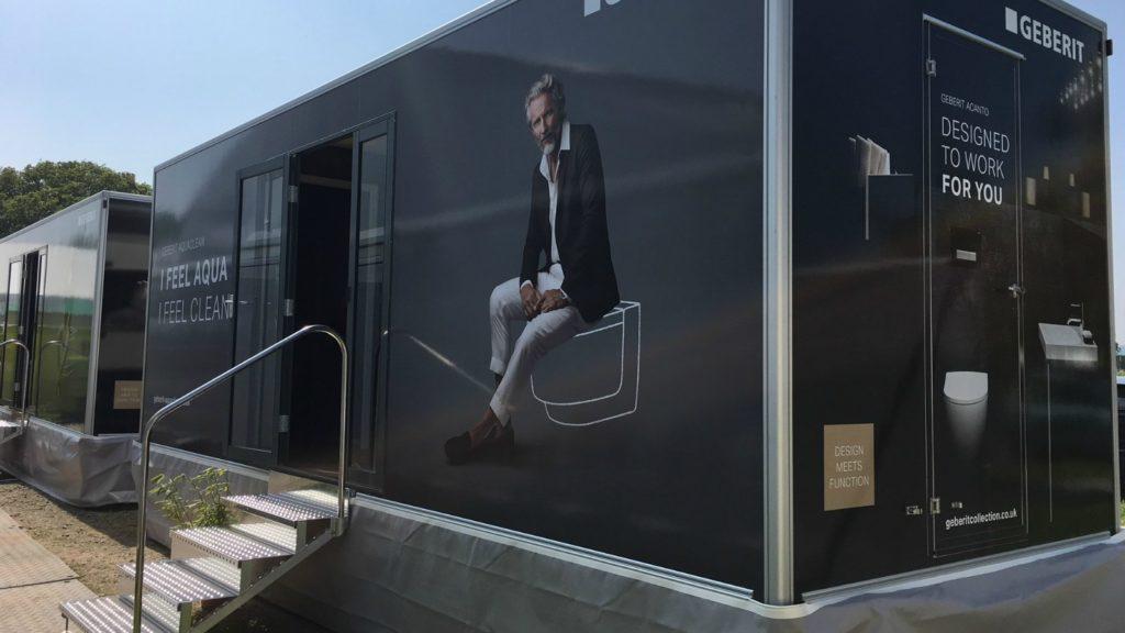Geberit Aquaclean trailer goes on tour