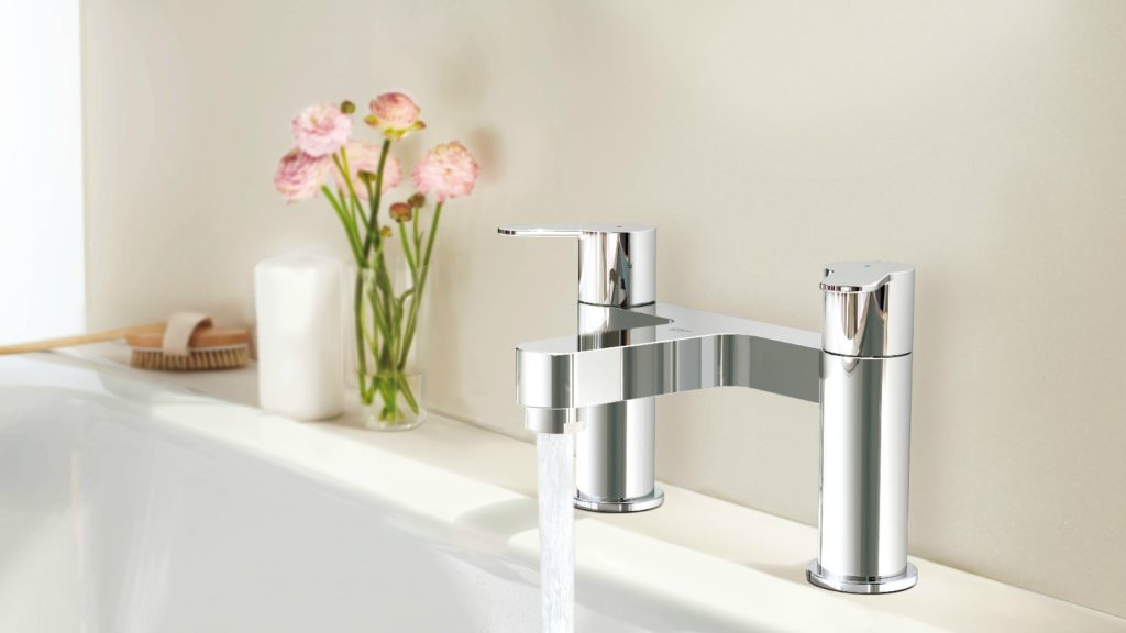 Grohe introduces Bau brassware
