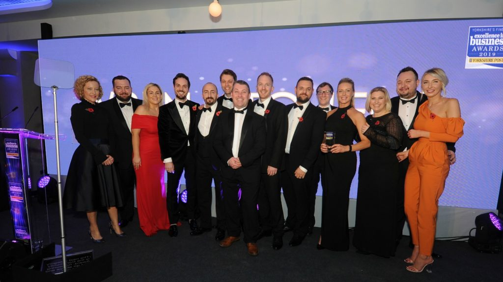 Wren Kitchens wins Excellence in Business Award