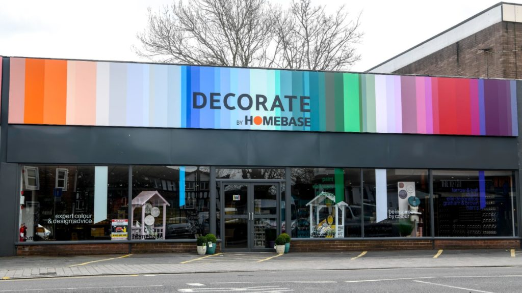 Homebase expands small format stores