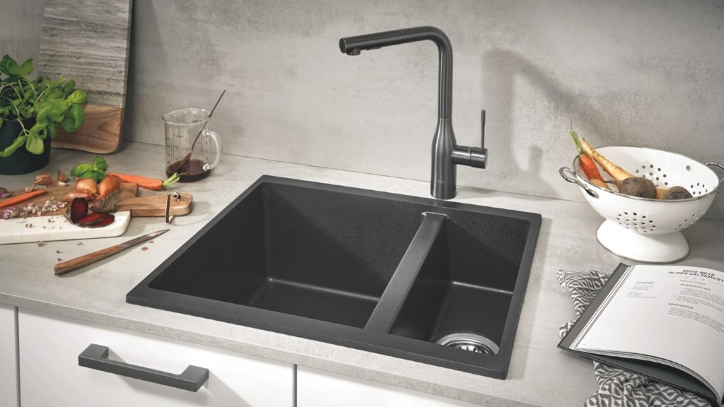 Sinks and taps | Super bowl show 1